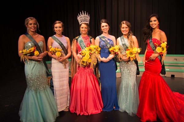 2016 SR Queen Court
